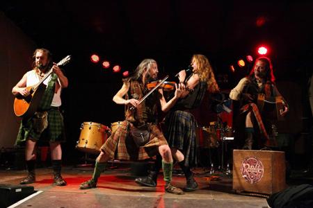 Celtic Folk Night mit Rapalje in der Ulmenhofschule Kellinghusen
