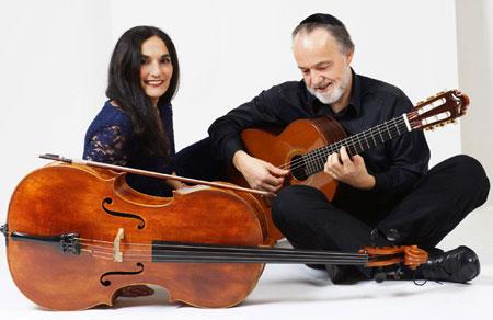 Musikalische Kapriolen auf Cello & Gitarre im Prinzenhaus Plön