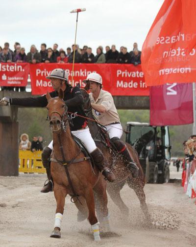Beach Polo Masters 2014 zum achten Mal am Timmendorfer Strand