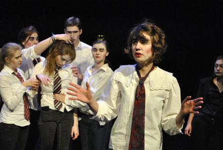 Jugendtheaterarbeit 2013/14 – Das Kulturbüro in Neumünster zieht Bilanz