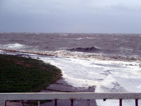 Klimawandel und Sturmflut – Ausstellung in der Stadtbücherei Schleswig