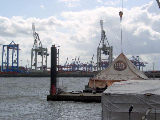 Trocknet die Elbe aus?