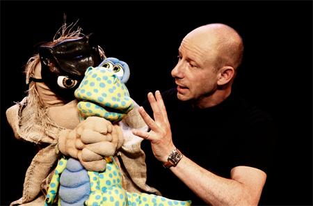 Benjamin Tomkins  – Der Puppenflüsterer kommt nach Schleswig