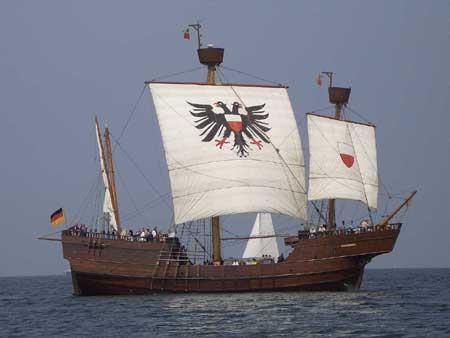 Koggenschiff Lisa von Lübeck mit Frachtfähre kollidiert