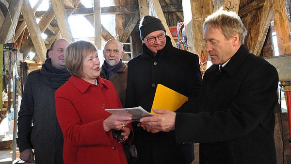 Fehmarn: In Landkirchen wird der Kirchturm saniert