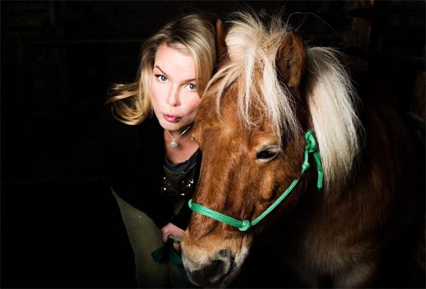 Mirja Boes & die Honkey Donkeys – Im Juli in der Heimat Schleswig