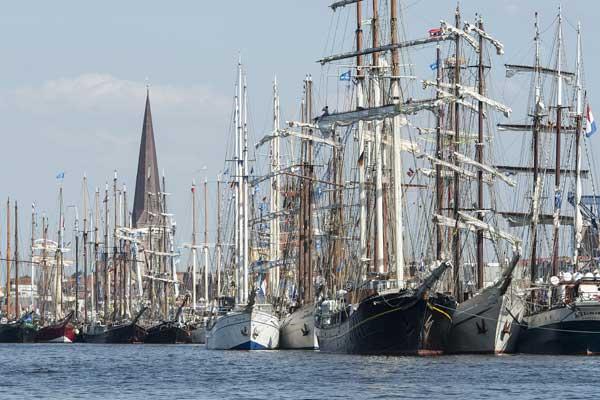 Fahr´n wir mal nach Rostock Hanse Sail – 180 teilnehmende Schiffe