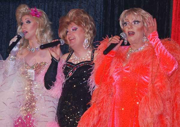 Die neue Travestieshow von Ivonne & Friends erneut live in Reher
