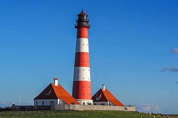 Nur einer von vielen Leuchttürmen entlang der Nordsee