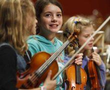 27. Grüne Note im Plöner Schlossgebiet mit mehr als 400 Musikern