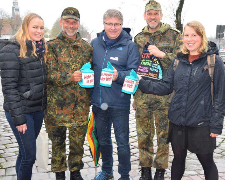 Volksbund Deutsche Kriegsgräberfürsorge e. V. sammelt in Dithmarschen