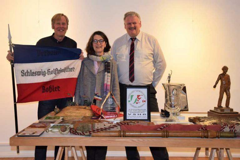 Vorbereitungen für die erste Boßel-Ausstellung im Dithmarscher Landesmuseum laufen an