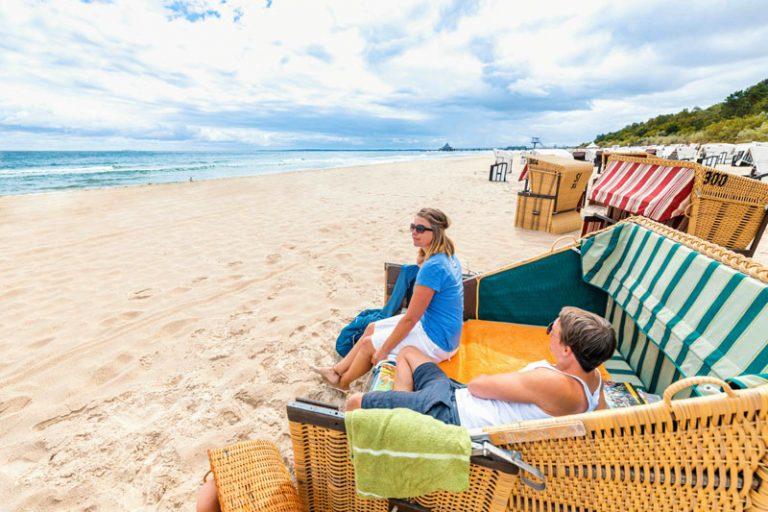 Reportage: Ferien im Strandkorb