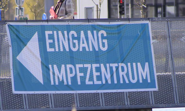 Jetzt vollständig geimpft sind 58,2% aller Bürgerinnen und Bürger in Schleswig-Holstein